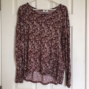 Old Navy Maroon Hi-Low sz L